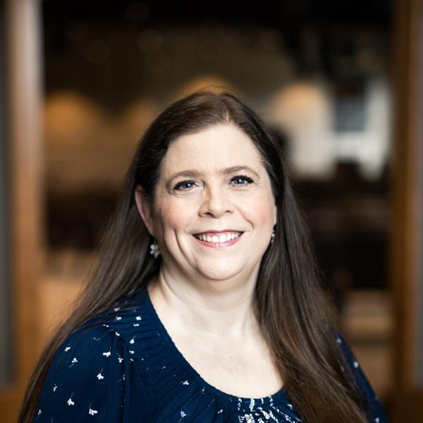 Portrait image of Melinda Thompson